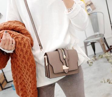 2015 Women Luxury Brand Bags Tassel Bolsas Femininas European Fold Style Women Messenger Bags Crossbody bolsos Tassel hot J036(China (Mainland))