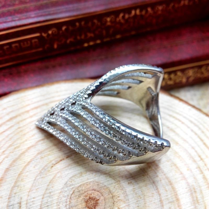 Wedding ring found on swordfish