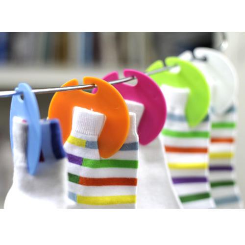 5 Pcs/lot Free Shipping Creative House Socks Rack Sock Storage Sun Hanger Multifunctional Holder Clip Clips M058(China (Mainland))