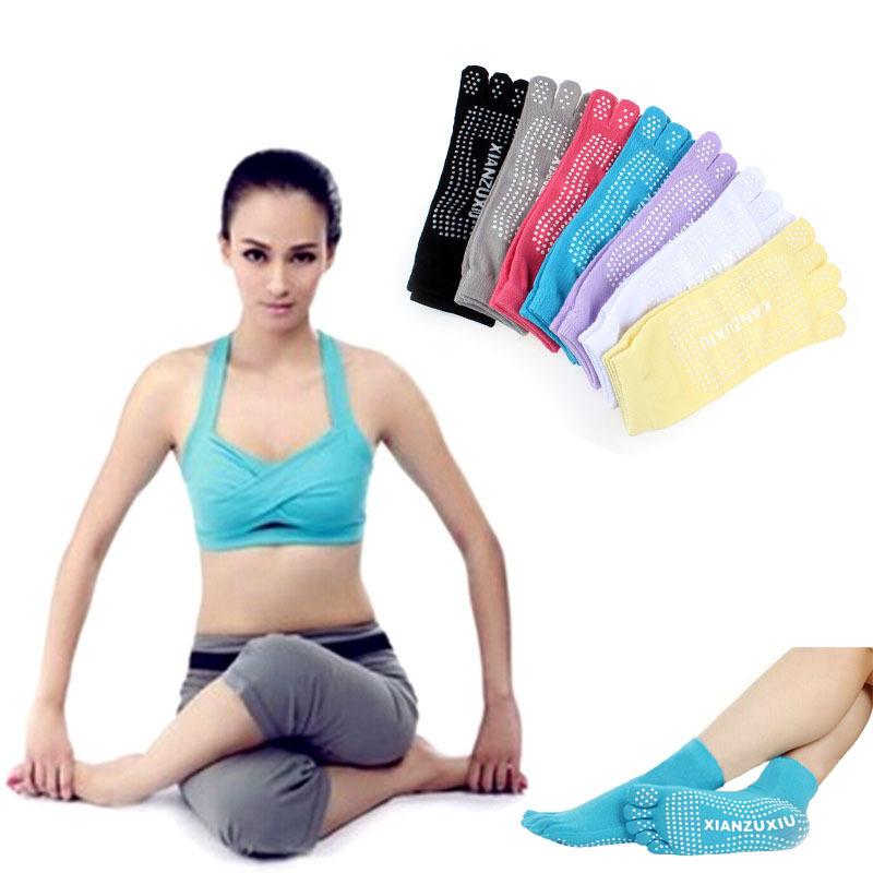Hot&Good 5-Toe Exercise Yoga Gym Non Slip Massage Toe Socks With Full Grip(China (Mainland))