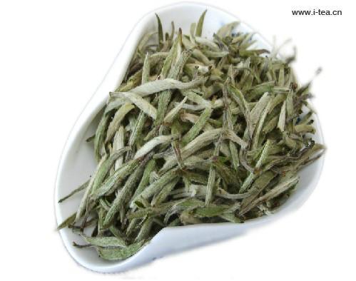Top Quality 250g Baihao Yin Zhen Fuding Silver Needle White Tea Famous Baihao Yin Zhen Silver Needle Organic Anti-Aged Tea(China (Mainland))