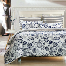 Freeshipping Wholesale Qualified Couvre Lit 40S Cotton Bedding Sets Printing Bedding Four Piece Kit for Adult and Children(China (Mainland))