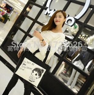 Charm in hands!Wholesale 2015 Black and white printing Coke girl Handbag Canvas Bag Fashion Casual Ladies Handbags(China (Mainland))