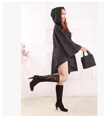 2015 Fashion Adult Raincoats Women Cloak Waterproof Thin LongTrench Coat Rain Ponchos Black Polka Dots Chubasquero Mujer Vinyl(China (Mainland))