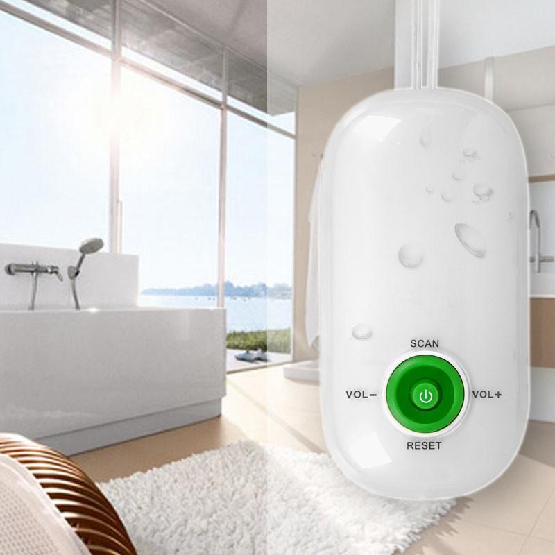 small shower radio / pending FM shower radio/ bathroom radio(China (Mainland))