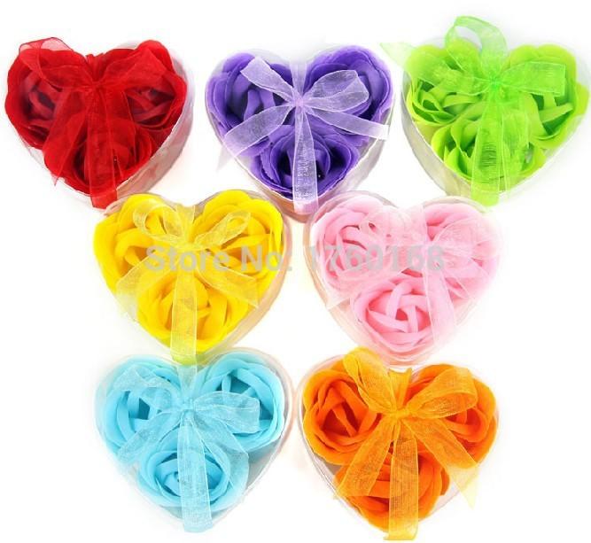 Venda quente coreano criativa personalidade coração mão 3 flor sabão para casamento e festa de aniversário presentes(China (Mainland))