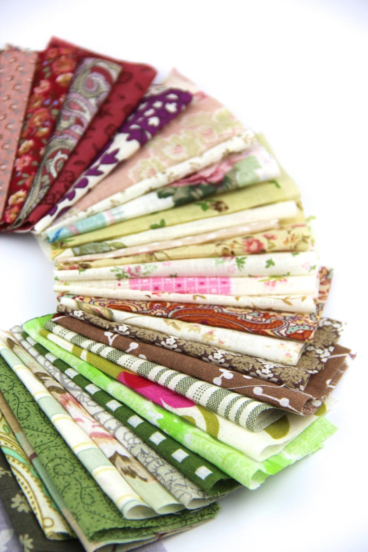 50pieces random color 10cm 10cm Remnant cloth fabric cotton fabric charm packs patchwork fabric quilting tilda