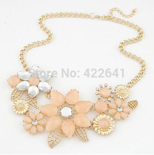 2015 New Trendy Luxury Fashion Women's Resin Flower Choker Bib Statement Necklace Collar Chain Pendant Accessories(China (Mainland))