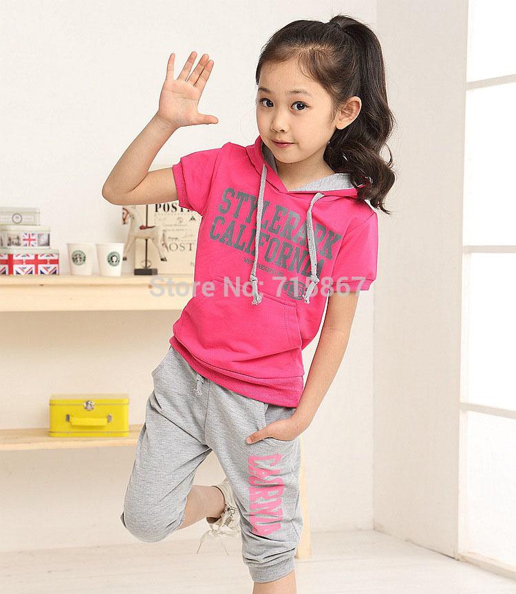 TN137 New fashion Summer girls clothing sets costumes children hooides shirts + shorts 2pcs sport suit set kids clothes set(China (Mainland))