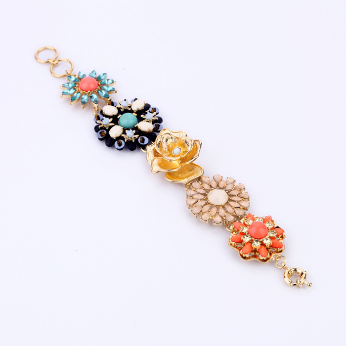 2015 new style Eruope & USA fashion bracelet zinc Alloy coral light pink blue flower Bracelet Accessories for women(China (Mainland))