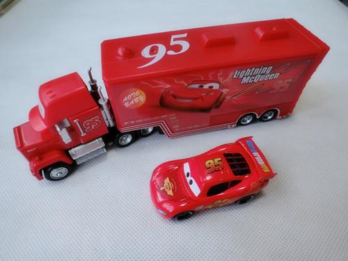Pixar Cars 95 Lightning McQuen + Mack Hauler Truck New Loose(China (Mainland))