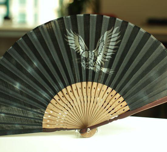 [Fan] trade boutique beautiful Japanese folding fan bamboo handle high-grade cotton cloth fan gift fan Eagle(China (Mainland))