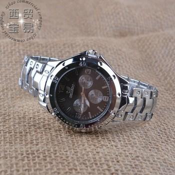 Новый высококачественной стали с три глаза шесть стежки мужчины спорт мода кварцевый водонепроницаемость бизнес часы 99