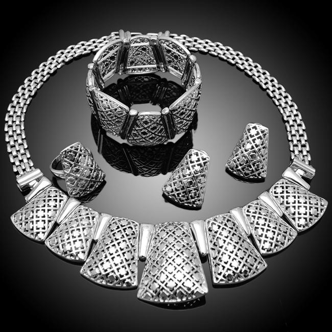 Online kopen wholesale harem sieraden uit china harem sieraden groothandel - Etnische pouf ...