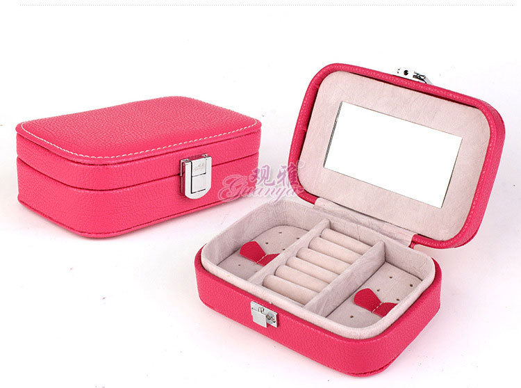 Fashion 2015 Jewelry Gift Box Makeup Organizer Necklace Earring Casket Small Portable Jewelry Display Smooth Leather Cases(China (Mainland))