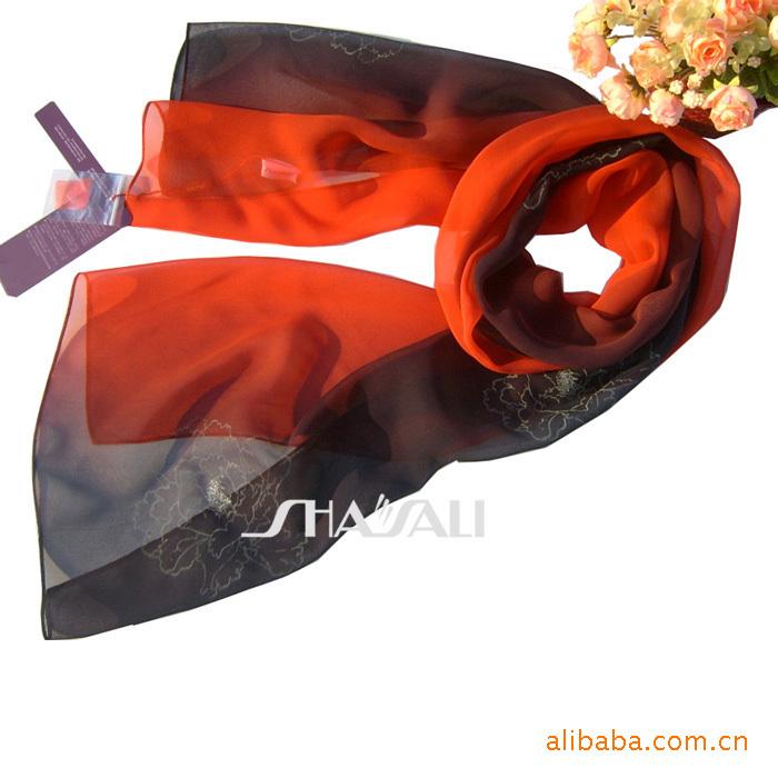 Shaya Li new Korean version of Rainbow Five Golden Flowers Silk Scarf 8211A-1(China (Mainland))