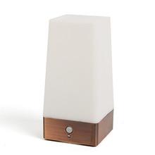 Nuova vendita calda di modo elegante wireless motion sensor camera da letto di notte di luce a batteria lampada da tavolo led di buona qualità per il regalo  (China (Mainland))