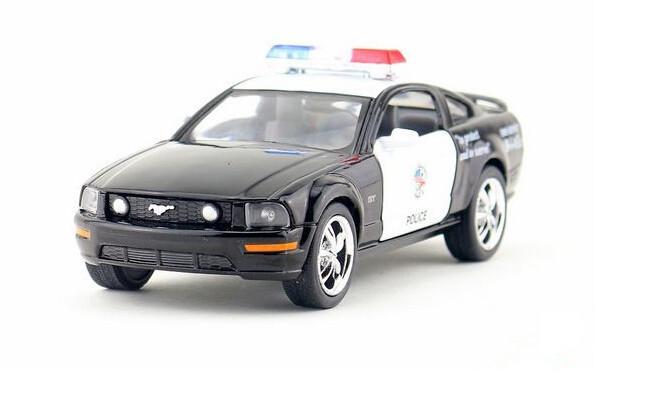 Free shipping 1:38 Ford mustang police car alloy simulation model car toys(China (Mainland))