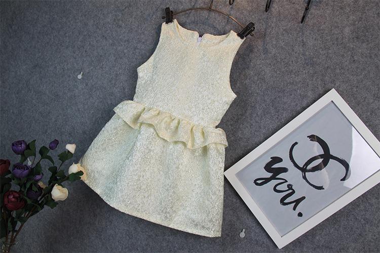 The 2015 summer girls section Korean Ladies sleeveless vest dress princess dress baby petal free shipping(China (Mainland))