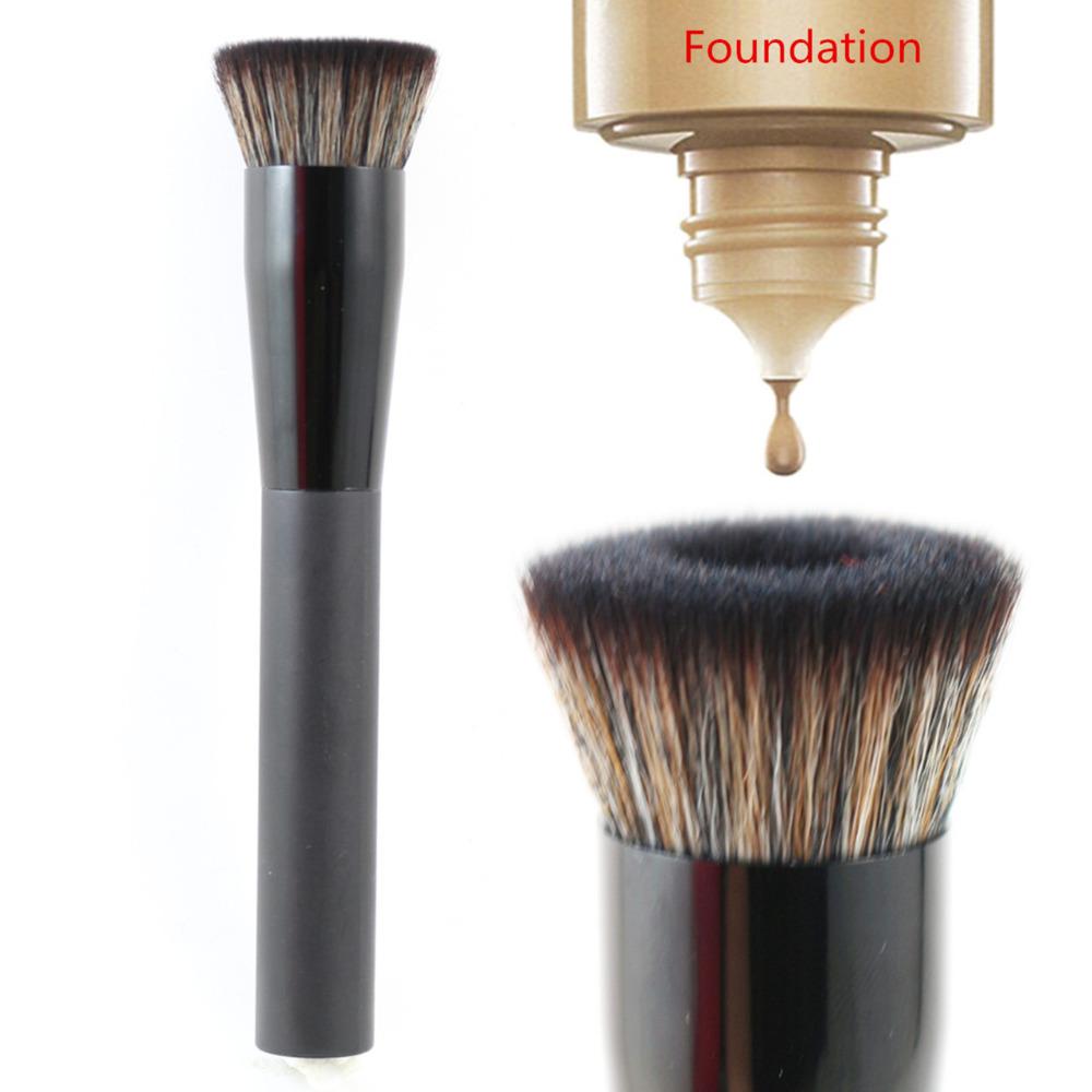 Кисти для макияжа VELA  218