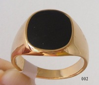 Free Shipping  Generous Black Onyx 18kgp Yellow Gold Ring . Can mix and match. Easy Buy