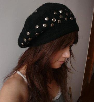free shipping wool rivet lady beret cap, lady's hat(China (Mainland))