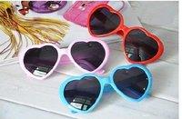Free shipping 20pc/lot New women heart sunglasses
