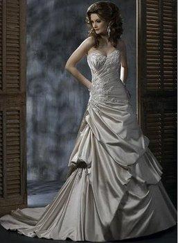 Popular spaghetti strap ruffle fashion applique A-line satin wedding gown YY102747