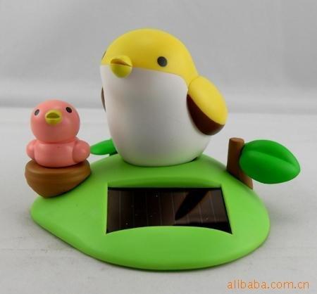 presente de Natal, Lovely Cantando Pássaro Toy Nova Peculiar Solar controle de voz do pássaro do canto preço de atacado(China (Mainland))