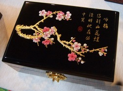 FREE SHIPPING ! Chinese traditional lacquer jewelry box jewelry case//for Plum blossom(China (Mainland))
