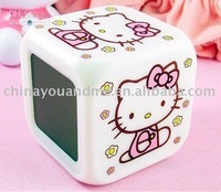 Hello Kitty LED 7 Color Electronic Color Change Digital Alarm Clock New  led watch Hotting 20pcs