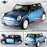 Free shipping--Wholesale and retai 1:24 2001 MINI Cooper / alloy car models/ Christmas gift