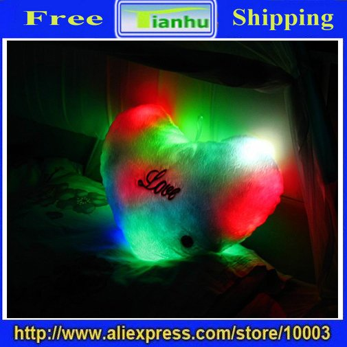 latest fashion soothing color change LOVE heart Shape LED Pillow,romantic gift,novelty product,soft feeling,unique design,hot(China (Mainland))