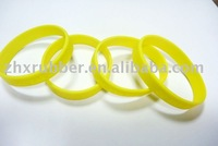 fashion new design competitive price silicone bracelet (100pcs/lot)wholesale and retail