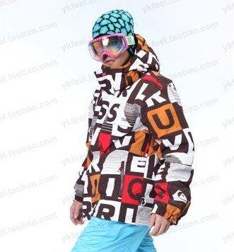 Frete grátis!! 2011 novo q******ver jaquetas masculinas/ski vestuário/skate roupas/ternos neve/ski ternos/frio e quente(China (Mainland))