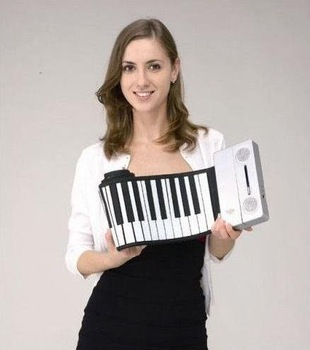 FREE SHIPPING Latest Rollable Piano 61 keys with super stereo speaker