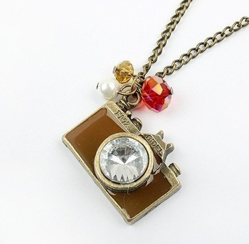 "Best offers!! 10pcs Retro ""Memory"" Camera Fashion Design pendant necklace Sweater chaim FREE SHIPPING!"