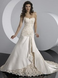 Free shipping best selling 100% Guarantee 2012 Lace Wedding Dresses any size/color(China (Mainland))