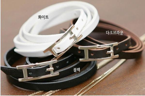 96pcs/lot pop coreano. nível enrolamento pulseira de couro. branco, preto misturado frete grátis(China (Mainland))