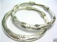 Asian China Handcrafted Superb Jewelry flower carved  tibetan miao silver  Flower two  bracelet  Bangle shipping free