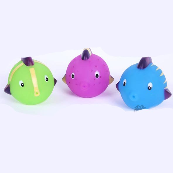 Free shipping Wholesale Squirt Fish Rubber Fish Bath Toys Gifts 3pcs/Set 28sets/lot Hot sale Funny,safe Fast delivery(China (Mainland))