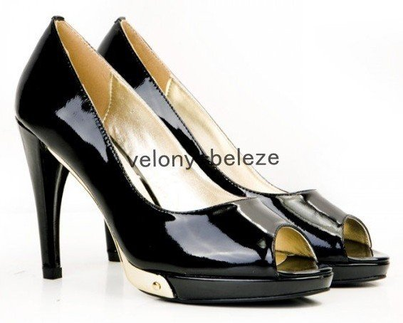 fashion high heels women&#39;s shoes sandals black and white patent leather peep toe high heels shoes(China (Mainland))