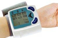 Free shipping+ All intelligent electronic sphygmomanometer / wrist blood pressure monitors 10pcs