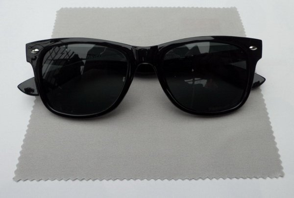 Men's/Women's sunglasses All Black Come With box Free shipping(China (Mainland))