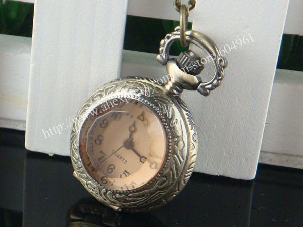 Wholesale and retail Fashion Pendant Quartz Bronze Pocket Watch New J0019(China (Mainland))