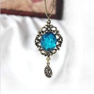Shinning blue crystal cutout flower classical Nacklace royal style free shipping(China (Mainland))