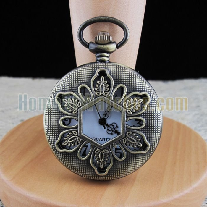 Elegant Bronze Folwer Cover White Dial Quartz Pocket Watch(NBW0PO6288-SS3)(China (Mainland))