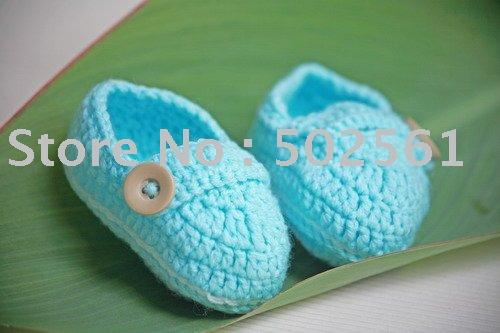 sapatas de bebê de crochê mão , botas infantis , calçados do bebê venda quente frete grátis(China (Mainland))
