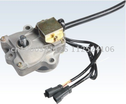 Factory store Free Shipping PC300-6/PC400-6 throttle motor Komatsu stepping motor assembly excavator parts 7834-40-3002(China (Mainland))