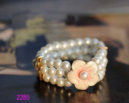Hot Seller 16pcs/lot Fashionable Ladies Pearl Braclet Bangle with Alloy Flower Free Shipping(China (Mainland))